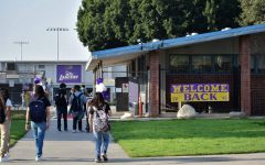 LA County is reporting that COVID-19 cases are rising in K-12 schools. Students return to Norwalk High School and follow safety restrictions such as wearing a face mask and social distancing on Aug. 12, 2021 Photo credit: Vincent Medina