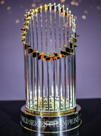 The commissioners trophy presented to the winners of the World Series July, 9th 2019. Photo credit: Erik Drost/Flickr