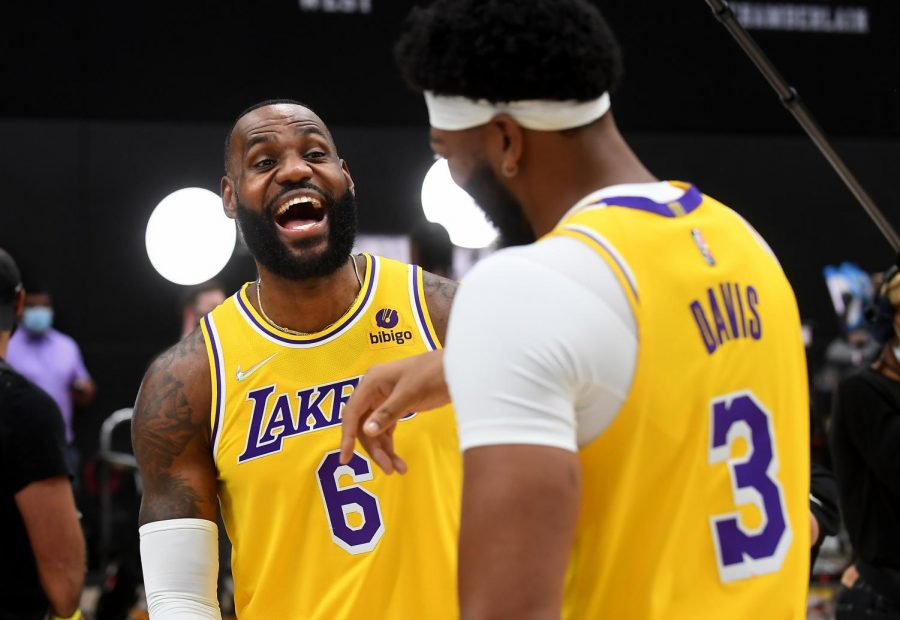 Los+Angeles+Lakers+Lebron+James%2C+left%2C+and+Anthony+Davis+share+a+laugh+during+media+day+at+the+UCLA+Health+Training+Center+in+El+Segundo%2C+California+on+Tuesday%2C+Sept.+28%2C+2021.+%28Wally+Skalij%2FLos+Angeles+Times%2FTNS%29